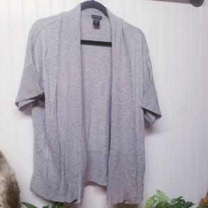 Ann Taylor Short Sleeve Gray Cardigan Size Small